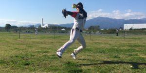 ソフトボールウィンドミルピッチング投球連続写真その11