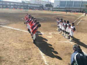 6人制ソフトボール試合前整列