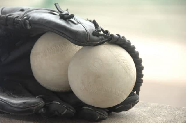 【ソフトボール】ボールの大きさと種類、メーカーを紹介!